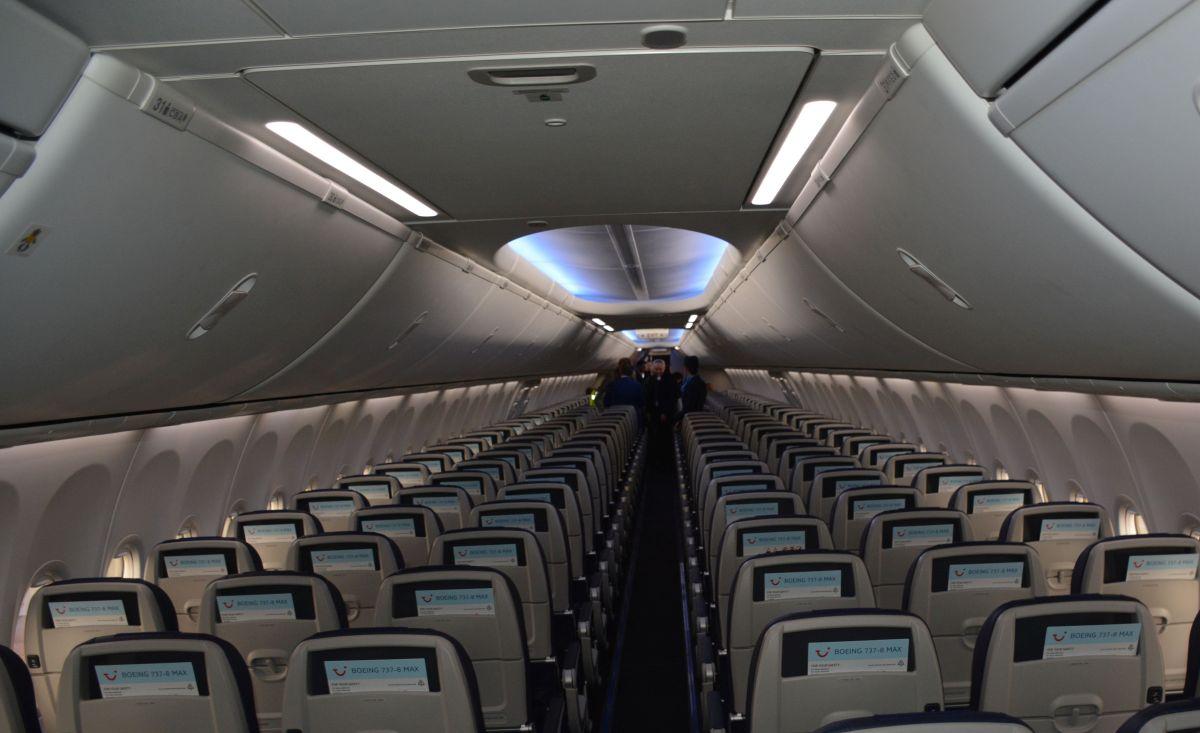 TUI Fly Belgium modernise sa flotte avec le tout nouveau Boeing 737 ...