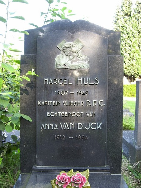 Graf Kapt Vl Marcel Huls