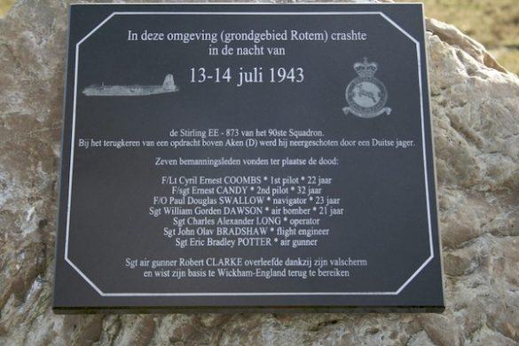 Monument bemanning Stirling III EE783 RAF