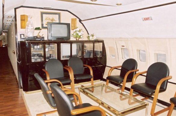 Blikvanger Boeing B707-321 (ex TY-BBW)