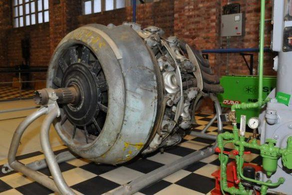 Thermotechnisch Instituut, diverse oude vliegtuigmotoren