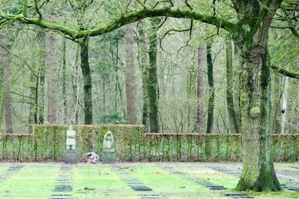 Duits kerkhof – vermoedelijk ook graven van bemanningsleden