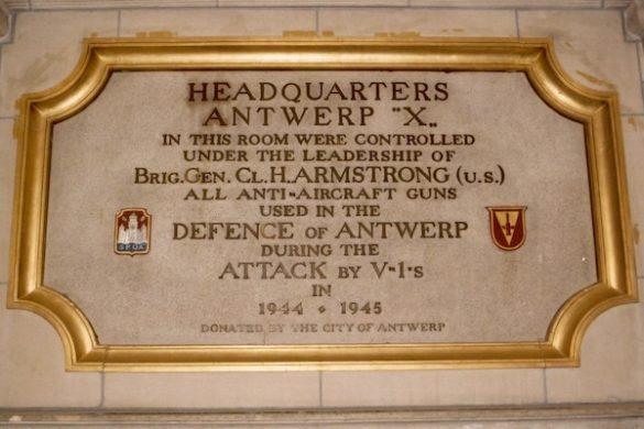 Herdenkingsplaat Antwerp X