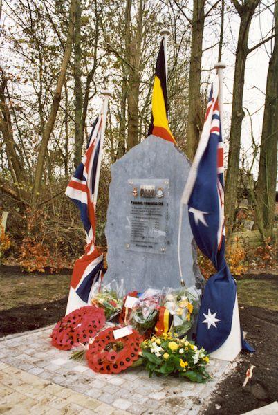 Monument crash Lancaster JI-C DS784