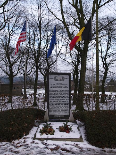 Monument voor 517th Parachute Regimental Combat Team