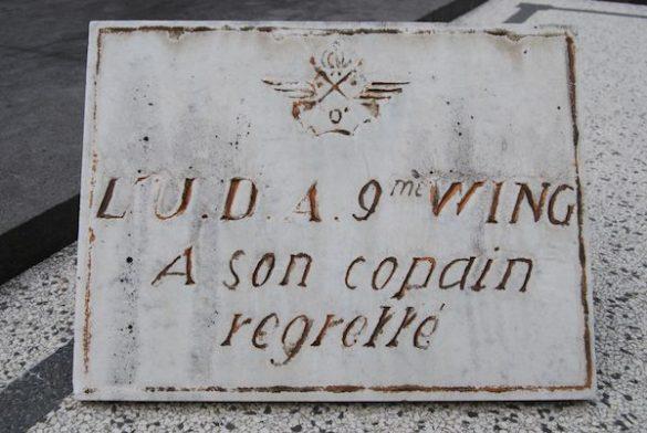 Graf soldaat milicien Camille Lisse