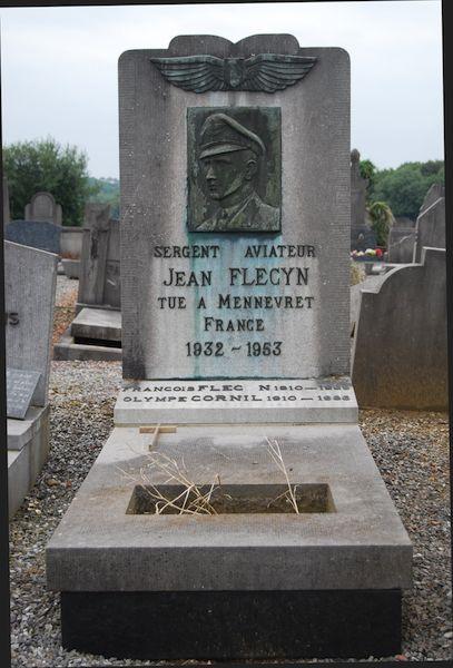 Graf Sgt Jean Flecyn