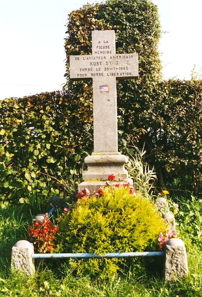 Monument voor Stanley Kusy B-17F 42-5829 Flying Jenny