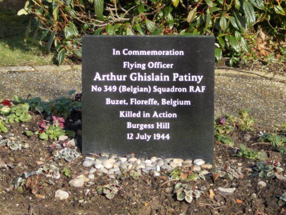 Gedenkteken voor Flying Officer Arthur Patiny