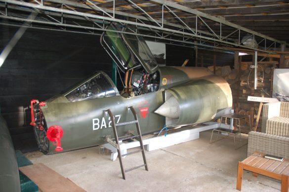 Cockpitsectie van Mirage 5BA BA27