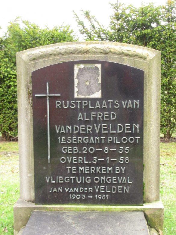 Graf 1ste Sergeant-Piloot Alfred Van Der Velden