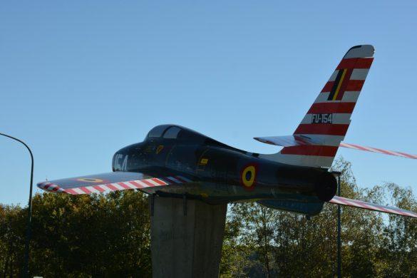 Blikvanger F-84F FU154 UR-S