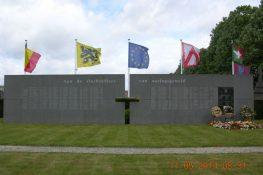1730_Slachtoffers van Oorlogsgeweld Kortrijk_2_Holvoet_800.jpg