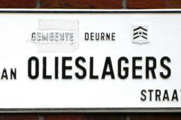 2036 Jan Olieslagers straatnaambord 1_800.jpg 2036 Jan Olieslagersstraat 2_800.jpg