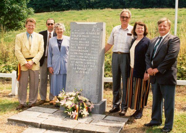 53 Gesves Monument CDeDecker.jpg|53 Gesves Monument 2 CDeDecker.jpg