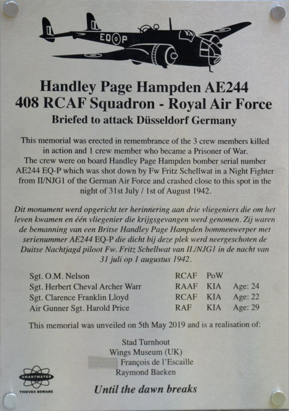 Monument voor drie bemanningsleden Handley Page Hampden AE244 EQ-P 408 Sqn RCAF